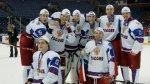 """Российская хоккейная """"молодежка"""" приступает к защите титула в Канаде"""