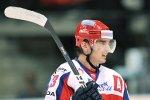 Двукратный чемпион мира сменил четвертый клуб КХЛ за год