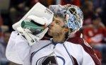 """Семен Варламов начнет матч чемпионата НХЛ с """"Далласом"""" на скамейке запасных"""