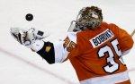 Бобровский и Варламов в престижном списке НХЛ