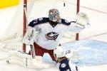 Вратарь сборной России по хоккею пропустит три недели из-за травмы