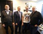 Дерону Куинту вновь предложили стать тренером «Трактора»