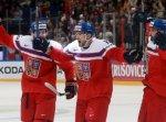 Чехи вышли на первое место в российской группе на ЧМ по хоккею