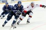 Московское «Динамо» обыграло «Трактор», забросив шесть шайб