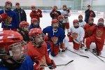 Сборная России пропустила восемь шайб от Канады в матче женского ЧМ по хоккею